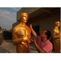 Event party decoration statue Oscar statue in Gold color  Life size fiberglass oscar statue for sale Manufactures