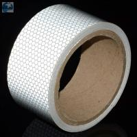 Light 2 Inch White Reflective Tape For VehiclesDOT C2 Glass Beads Pressure Sensitive Type Manufactures