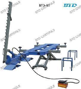 Auto Body Frame Machine (BTD H1) Manufactures