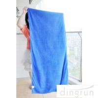 China Anti Static Quick Dry Towels Lightweight , Microfiber Bowling Towel Good Absorbent on sale