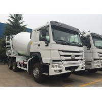 Sinotruk HOWO Concrete Mixer Truck With 10 Wheels 12.00R20 Tire Tri Axles Manufactures