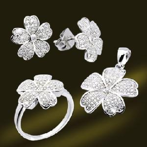 China 925 Micro Setting CZ Five Petals Flower Jewelry Earring Ring Pendant Set (RSA5397) on sale