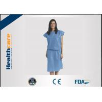 Short Sleeve Disposable Isolation GownsNon Woven Heavy Blue Medline Gowns Anti Permeate Manufactures