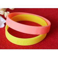 12mm Width Custom Silicone Rubber Wristbands Short Production Time OEM Design