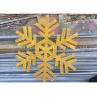 Custom Size PVC Snowflake , Christmas Tree Decorations With Gold Glitters Manufactures