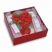 China Bath Gift Set with Glycerine Soap, Bath Bomb, Gel and Lotion, Good for Christmas on sale