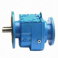 SR Helical Gearbox, High-efficiency, Flexible Installation Manufactures