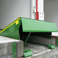 China Electric Hydraulic Dock Lift Load Levelers for Trucks / Forklift 6T Weight Capacity on sale
