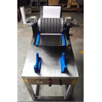 China Die Roll Test Machine Capsule Mold With Pneumatic Clamping on sale