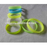 wholesale high quality promotional silicone bracelet Manufactures