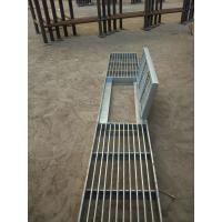 City Road Galvanized Steel Walkway Grating Silver Appearance With Hinge / Round Bar Manufactures