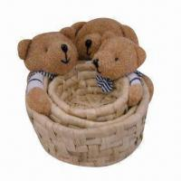 China Handmade Holiday/Christmas/Easter Gift Basket, Customized Designs Welcomed, Available in 3 Sets on sale