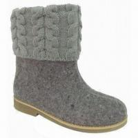 China Casual Flat Boots, Suitable for Women on sale