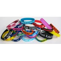 2014 promotional embossed and debossed custom silicone bracelet/wristband in low price Manufactures