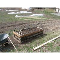 three tiers golden cold frame Manufactures