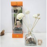 China Custom Lavender Fragrance Reed Diffuser with Sola Wood Flower on sale