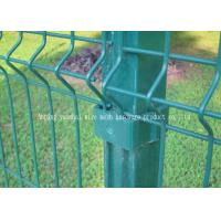 China Garden Decorative Triangle Fence Panel Waterproof Corrosion Resistance on sale
