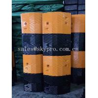 Durable High Strength Molded Rubber Products , Traffic Speed Bump Straight / Curved Shape Manufactures