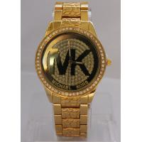 China Golden Diamond Luxury Metal Wrist Watch For Womens With Shinny Dial on sale