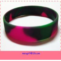 Quality glow in the dark silicone wristbands with mixed color for sale