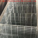 floor grates for decks/non slip metal grating/galvanised walkway panels/steel bargrating load tables/steel grating Manufactures