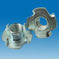 China Zinc-alloy M8x10 (5/16x10) Four Claw Nut, Zinc Plating, Ideal for Furniture Fastener/Fittings on sale