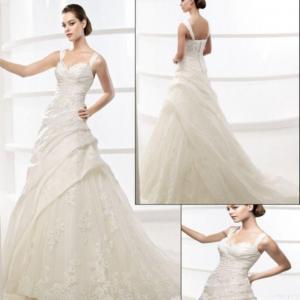 China A-line Wedding Dress F026 on sale