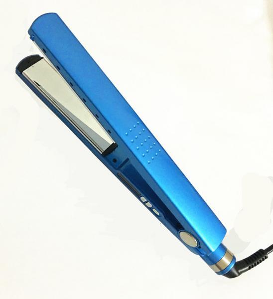 Quality Meraif wholesale Dual Voltage Nano Titanium Tourmaline Ionic Brazilian Flat Iron Hair Straightener for sale
