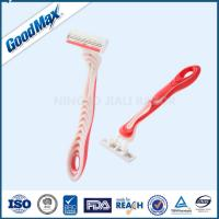 Lubricating Strip Three Blade Shaver , Pivoting Head Triple Blade Disposable Razors Manufactures