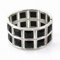 Unique Style Eco-friendly Alloy Bangle with Black Acrylic and Exquisite/Elegant/Noblest Designs Manufactures