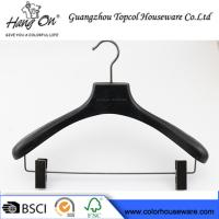 ashtree wooden clothes hanger with gun black clips Manufactures
