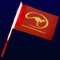 LED Flashing Flag with Light-up Logo Printed Poles, Ideal for Cheering Events Manufactures