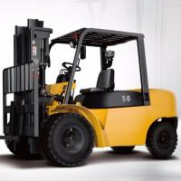 4 Wheel Diesel Forklift Truck 5 Ton 2240mm Turning Radius With Pneumatic Solid Tyre Manufactures