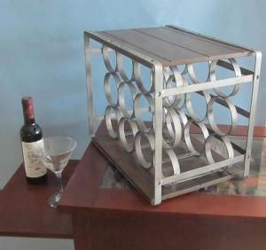 China Metal Wine Rack, Wine Holder (SFM2509) on sale