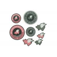 Cloth Embroidered Hat Patches , Self Adhesive Stick On Embroidered Patches Manufactures