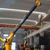 Q345B Steel 8T15M Electric Hydraulic Telescopic Boom Marine Crane Manufactures