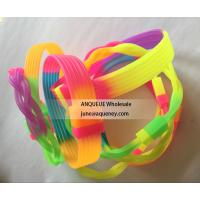 Cheapest Rainbow silicone bracelets, rainbow color rubber wristbands Manufactures