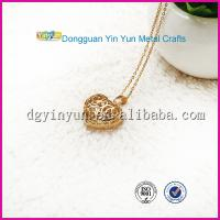 China Hottest Products on the Market Gold Heart Necklace on sale