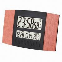 Radio Controlled Wall Clock, Measures 28x3x18.2cm Manufactures