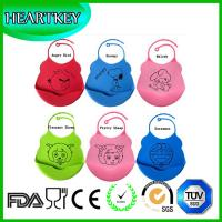 China Silicone Baby Feeding Bibs for Boys and Girls with Food Catcher Pocket on sale