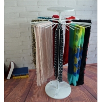 Multiple Hooks Spinner Metal Clothing Display Rack For Toggery Manufactures