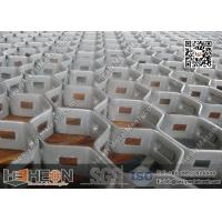 China 30mm height Hexmesh for Refractory Lining in furnaces | China Hex-Mesh Supplier | 3'x10' on sale