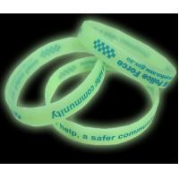 Glow in the dark silicone bracelet Manufactures