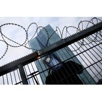 Concertina Barbed Wire , Razor Barbed Tape Concertina Powder Coating Surface Manufactures