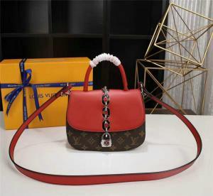 China Replica Louis Vuitton Handbags,AAA Louis Vuitton Chain It Bag PM Monogram Canvas Replica Bags on sale