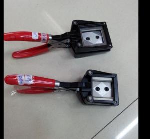 35x45mm 32x25mm 32x22mm/32x25mm/31x21mm/30x40mm/32x40mm photo cutter for photo studio Manufactures