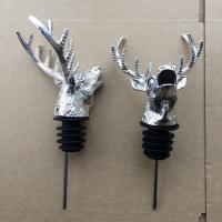 China Popular Stag Head Pourer with Rubber Stopper and Zin Alloy Material on sale
