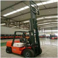 3 Ton Diesel Forklift Truck FD30 Engine Powered With 1070mm Fork Length Manufactures