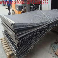 Pig Galvanized Crimped WireMesh/ss 304 stainless steel crimped wire mesh with 25mm hole/Crimped Square Wire Mesh 4X4 Manufactures