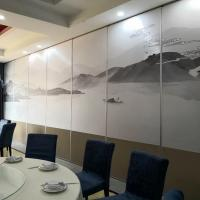 China Soundproof Folding Partition Walls Door For Clamping Pakistan Lahore Banquet Hall on sale